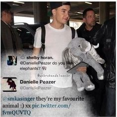 Payzer My heart hurts.<<< me too dani! One Direction Girlfriends, The Girlfriends, Boys Who, My Boys, One Direciton, Boys Are Stupid, My Heart Hurts, Five Guys, Cher Lloyd