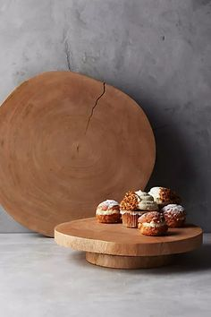Anthropology Hingham Lazy Susan www.anthropologie & Source by dahjodesigns The post Hingham Lazy Susan appeared first on The most beatiful home designs. Types Of Furniture, Furniture Projects, Furniture Design, Diy Projects, Lazy Susan, Kitchen Collection, Baskets On Wall, Bridal Shower Gifts, Rustic Kitchen