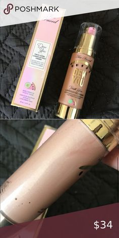 Dew you face primer - radiant nude Full size Radiant nude Luminous glow Infused with watermelon and cucumber Too Faced Makeup Face Primer Private Label Cosmetics, Too Faced Makeup, Face Primer, Prom Makeup, Cucumber, Watermelon, Glow, Lipstick, Nude