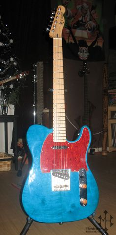 TELECASTER ELECTRIC GUITAR -body : alder -neck/fingerboard : maple