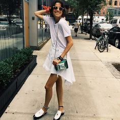 Outfits and Looks, Ideas & Inspiration July Outfit Of The Day Ideas - What To Wear In July - Go to Source - Leandra Medine Wedding, Look Fashion, Fashion Outfits, Fashion Tips, Fashion Weeks, Milan Fashion, Gala Gonzalez, Luanna, Emmanuelle Alt