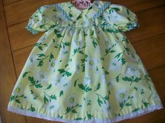 Vintage Toddler Girl Flower Gingham  Dress  Clothes by LittleMarin