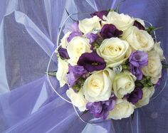 9.Lilac and ivory rose posy with silver wire