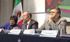 El presidente de la Comisión Nacional de Derechos Humanos (CNDH), Luis Raúl González, dijo que el bono anual que reciben él y los funcionarios de primer nivel de la comisión, que en conjunto casi llega a 250 millones de pesos, está dentro del presupuesto de Egresos y lo que se entrega de forma extraordinaria […]