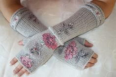 Grey Fingerless Gloves with lace women knitting by DacesDentelle, $38.00
