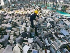 Uma parceria entre o Hospital Albert Einstein e a Coopermiti, cooperativa de São Paulo, reciclou em 2 anos 19 toneladas de resíduos de equipamentos elétricos e eletrônicos. Segundo a ONU, mais de 40 milhões de toneladas deste resíduo, que pode causar sérios danos à saúde humana, são geradas anualmente no mundo. No IDG Now!