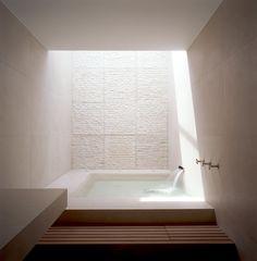 Risultati immagini per POWELL TUCK BATHROOM