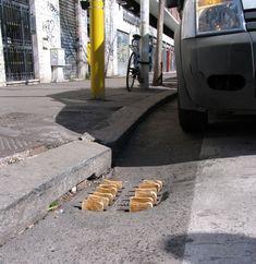 toast street art