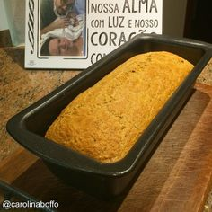Aproveitando o forno... Um delicioso pão para o café da manhã... #lowcarb  #glutenfree by carolinaboffo
