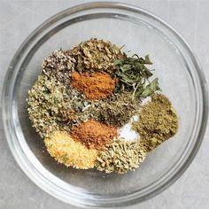 Greek Seasoning Blend Recipe, Vegan Gluten Free, Vegan Vegetarian, Grinders Recipe, Spice Grinder, Rabbit Food, Spice Blends, Copycat Recipes