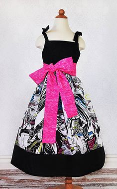 Girl's Monster High Inspired Party Dress with Hot Pink by PPandLL. Well that's the first time I ever seen someone make a dress out of a sheet. Cute except that part.