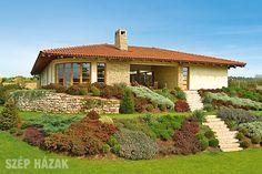 Exterior House Colors, Exterior Design, Rural House, Simple House Design, Bungalow House Design, Farm Stay, Mediterranean Homes, Home Design Plans, Facade House