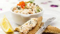 Lososové rillettes Foto: Potato Salad, Toast, Food And Drink, Potatoes, Fresh, Ethnic Recipes, Spreads, Recipes, Potato