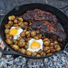 Coffee is not just a drink that you enjoy in the morning! Try out my new Chipotle Coffee Rub Steak and Eggs Skillet to have your mind blown. Fire Cooking, Cast Iron Cooking, Egg Skillet, Ny Strip Steak, Egg Ingredients, Cast Iron Recipes, Campfire Food, Steak And Eggs, Chipotle
