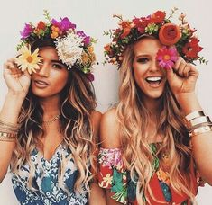 Boho-Trend DIESEN Look lieben jetzt ALLE Mode-Profis (und so stylt ihr ihn ganz einfach nach)! Boho Trend THIS look is now loved by ALL fashion professionals (and that's how you style it … Boho Hippie, Look Hippie Chic, Look Boho, Gypsy Style, Boho Chic, Boho Style, Hippie Style Hair, All Fashion, Boho Fashion