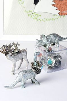 Meninices da Vida: DIY Porta Anéis de Dinossauro e Cervo :)