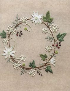 Wonderful Ribbon Embroidery Flowers by Hand Ideas. Enchanting Ribbon Embroidery Flowers by Hand Ideas. Embroidery Designs, Hand Embroidery Stitches, Embroidery Art, Embroidery Applique, Cross Stitch Embroidery, Machine Embroidery, Simple Embroidery, Flower Embroidery, Sashiko Embroidery