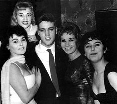 {*Elvis with fans*}
