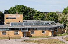 Employment Office by Walter Gropius (1928–29) : Bauhaus Buildings in Dessau : Stiftung Bauhaus Dessau / Bauhaus Dessau Foundation
