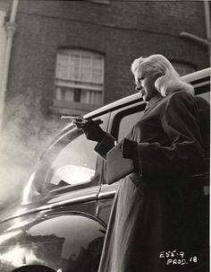 "Diana Dors ""Yield to the Night"" 1956"