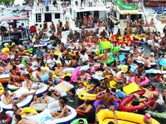Fuik Day on Curacao - Fuik Bay annual boat party first Sunday of the year with boats, booze and DJ's
