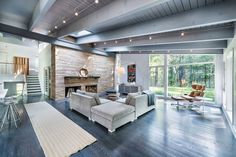 Mid-Century Modern #HomeDesign - Lincoln, Massachusetts. -Flavin Architects.