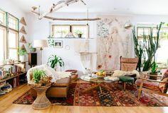 boho interior decor, bohemian interior, bohemian decor, plants in living room, vintage rug, vintage interior