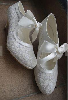 ...zapatos......