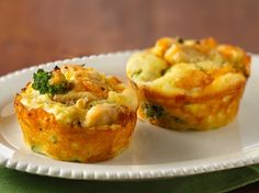 Impossibly Easy Mini Chicken 'n Broccoli Pies... These look really good. I'll be making them really soon.