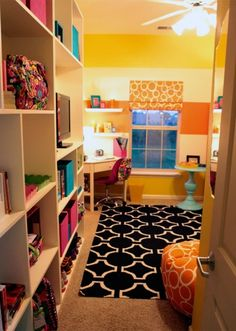 21 Ideas for Smart and Even Hilarious Dorm Room Decor - Bright! Fun colors, great style from the Dress Your Dorm Grand Prize winner in the Va Va Bloom room makeover! Great use of patterns and dorm storage built-ins. Dream Rooms, Dream Bedroom, My New Room, My Room, Dorm Life, College Life, College Dorm Rooms, Fashion Room, Dorm Decorations