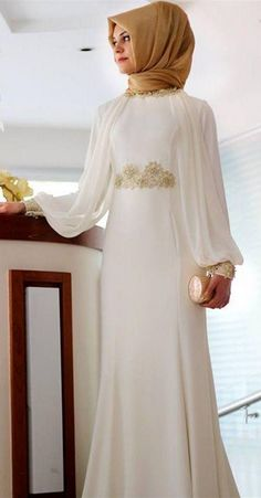 Hijab Dress Party, Hijab Style Dress, Long Sleeve Bridal Dresses, Prom Dresses With Sleeves, Wedding Dresses, Hijabi Gowns, Muslimah Wedding Dress, Modele Hijab, Muslim Women Fashion