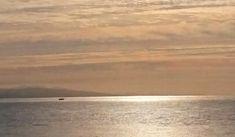 インスタは確かに面白い。けど・・・#奥尻島の投稿に思うこと | 奥尻NET通信blog Beach, Water, Outdoor, Gripe Water, Outdoors, The Beach, Beaches, Outdoor Games, The Great Outdoors