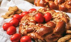 Easter bread and eggs on a table. Easter traditional bread and red eggs on a tab , Easter Play, Easter Eggs, Red Food Dye, Greek Easter, Egg Dye, Red Food Coloring, Distilled White Vinegar, Easter Traditions, Easter Celebration