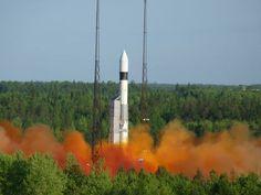 Start ruské rakety Rokot na kosmodromu Pleseck. Foto: Zdroj Roscosmos a Eurockot
