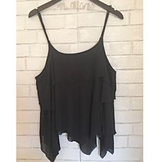 🆑 {Free People} Black Tiered Camisole ✨Free People Black Tiered Camisole✨ Adjustable straps✨Good Condition ✨ Free People Tops Camisoles