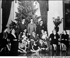 christmas at the whitehouse 1900 | White House Christmas Trees Through The Years | Nice Deb