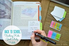Study tips with post-it notes