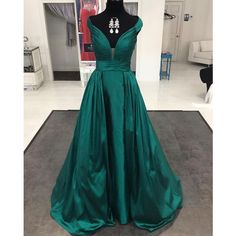 Dark Green Long Formal Evening Gowns Dresses 2017 Prom Dresses Elegant ❤ liked on Polyvore featuring dresses, gowns, green prom dresses, long sleeve evening gowns, long prom dresses, long sleeve ball gowns and long gown