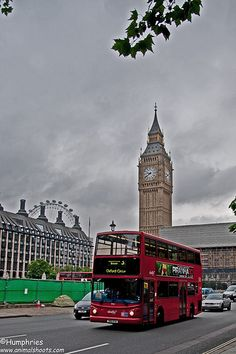 London: Big Ben and London Bus