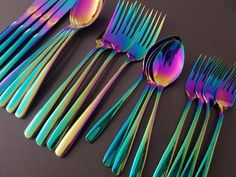 Auric Rainbow Cutlery Piece Set) This gorgeous cutlery set is sure to impress your guests at the next dinner party! - Includes knife, fork, spoon and tea spoon. - Made from stainless steel. Cooking Utensils Set, Kitchen Utensils, Utensil Set, Flatware Set, Kitchen Items, Kitchen Decor, Rainbow Kitchen, Food Storage Boxes, Kitchenware