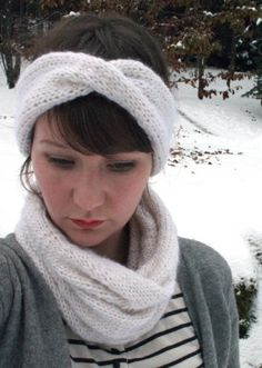 The Homestead Survival | Knitting A Headband Ear Warmer and Neck Cowl | Knit - Homesteading - DIY - Craft - http://thehomesteadsurvival.com