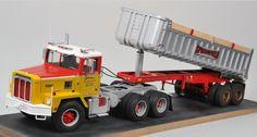 Rc Trucks, Tow Truck, Semi Trucks, Model Truck Kits, Model Kits, International Harvester Truck, Dump Trailers, Ih, Best Model