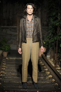 NYFW Men's Trends: SUMMER LEATHERS  (Billy Reid Men's RTW Spring 2014) [Photo by Giovanni Giannoni]