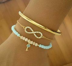 33 Beautiful Bracelet Ideas For women - Page 31 of 33 - MyOwnJewelry - Jewelry Designs & Ideas Hippie Jewelry, Beaded Jewelry, Jewelry Bracelets, Handmade Jewelry, Jewelry Accessories, Jewelry Design, Bracelet Crafts, Anklets, Bracelet Making