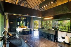 Magnificent Houses * Casas Magníficas - Sophisticated Bali