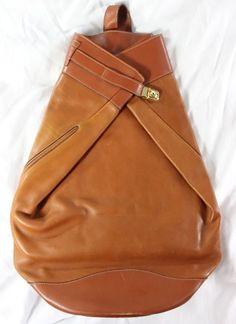 """~~~ DESIGNER GENIUS ~~~ HUGE GUCCI """"CARAMEL LEATHER"""" FOLD OVER BACKPACK/BAG ~~~ #Gucci #BackpackStyle"""