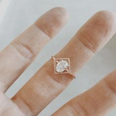 Silver Engagement Ring Designs - Mosting likely to acquire an engagement ring? You certainly such as this best engagement ring designs. The modern, timeless, and luxury engagement ring. Wedding Rings Simple, Beautiful Wedding Rings, Wedding Rings Vintage, Unique Rings, Wedding Jewelry, Gold Wedding, Dream Wedding, Unique Promise Rings, Wedding Poems
