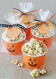 10 DIY Candy-less Halloween Treats