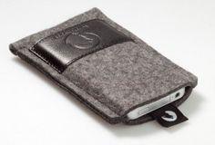 Wolfsrudel iPhone Hülle Filz - iPhone Case - iPhone Tasche - iPhone Taschen - iPhone Hüllen - iPhone Sleeves - iPhone Etui - iPhone Zubehör - iPhone 4S Zubehör