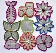 Kuvahaun tulos haulle heijastimien teko Hobbies And Crafts, Diy And Crafts, Arts And Crafts, Rock Crafts, Felt Crafts, Easy Sewing Projects, Sewing Hacks, Creative Crafts, Little Gifts